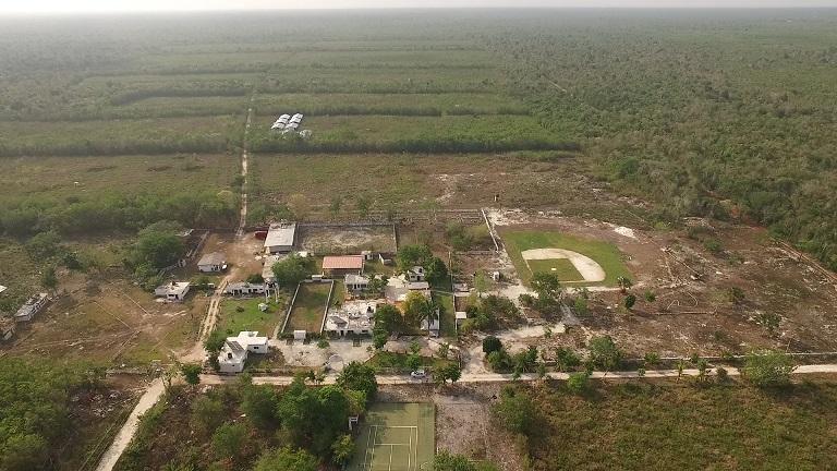 Tras ser exhibido, regresa Fidel Villanueva al ejido de Cozumel 100 hectáreas de tierras adquiridas ilegalmente; Borge también perderá 50 hectáreas