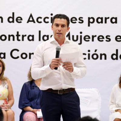 Capacitan a servidores públicos en acciones contra la violencia hacia las mujeres en Cancún