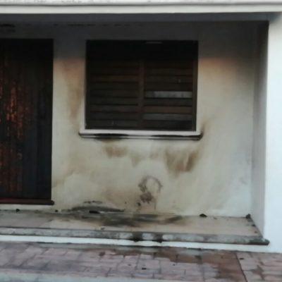 ATACAN CON 'MOLOTOV' OTRA CASETA DE POLICÍA: Tras baleado y aparición de narcomanta, escala violencia en Cozumel