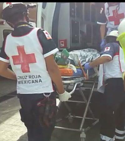 LA VARILLA LE SALIÓ POR LA ESPALDA: Cae albañil de un tercer piso de un hotel en Isla Blanca; está grave