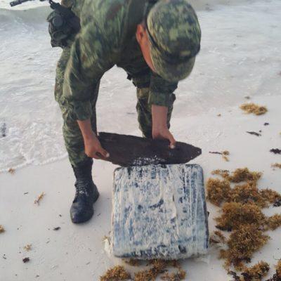 INCAUTAN 60 KILOS DE DROGA EN PLAYA: Dos detenidos tras recale de paquetes con droga en la zona de playas