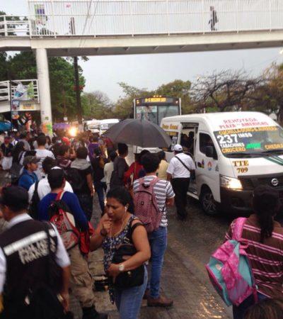 Acusan anarquía en transporte público de Cancún; comuna, sin soluciones