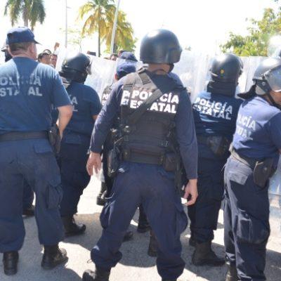 VESTIDOS Y ALBOROTADOS: Denuncian presunto favoritismo en el proceso de selección de policías estatales en Quintana Roo