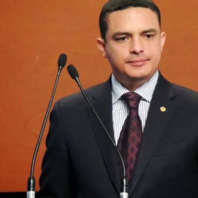 Morena le hizo un favor al PRI con suma de ex militantes, dice Raymundo King