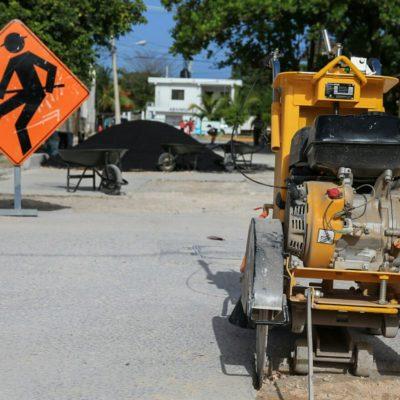 Reportan avance de 60% en programa de bacheo en calles de Puerto Morelos