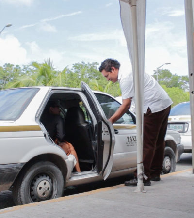Imparten cursos de capacitación sobre calidad turística para taxistas en Puerto Morelos