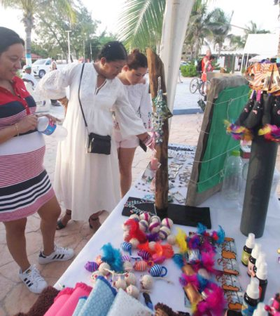 Inaugura Alcaldesa tianguis de artesanos y productores de Puerto Morelos