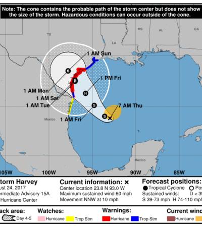 Recupera 'Harvey' fuerza de tormenta tropical y podría convertirse en huracán antes de pegar en Texas