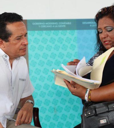 CARA A CARA DEL GOBERNADOR EN PLAYA: Atiende Carlos Joaquín directamente a ciudadanos en la colonia Colosio