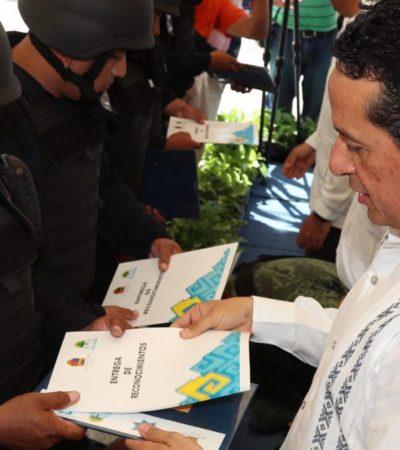 Inaugura Carlos Joaquín área de psicología policial y entrega un autobús para el transporte de los elementos de Seguridad Pública