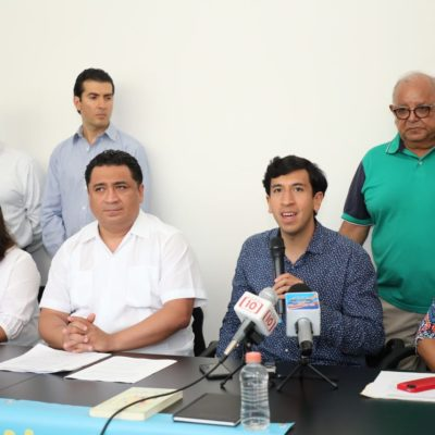 REUNIÓN CON KUMAMOTO: Dice el líder del Congreso que hay que abrir el debate sobre la propuesta de reducir financiamiento público a partidos políticos