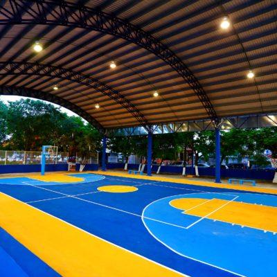Entrega Cristina Torres remodelación del parque de la Gonzalo Guerrero en Playa