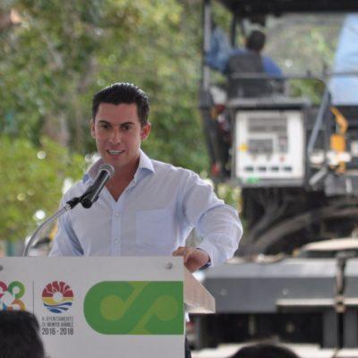 Da Alcalde banderazo a repavimentación de la Avenida La Luna