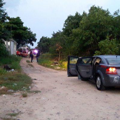 Ejecutan a balazos a una persona en el interior de auto en la zona de invasión 'El Fortín' de Cancún