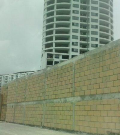 Edifica 'Ynfinity' barda para tapar ecocidio en Cancún