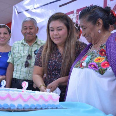 Encabeza Romi Dzul festejo a los adultos mayores en Tulum