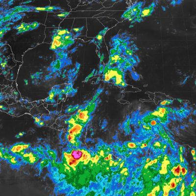 Siguen las lluvias en la península de Yucatán por remanentes de la tormenta tropical 'Harvey'