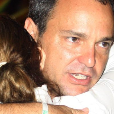 Rompeolas: Los chalecos 'invisibles' de Paul Carrillo