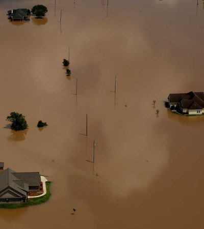 CRECEN LA DEVASTACIÓN DE 'HARVEY': Suman 50 muertos por el paso del huracán por Texas; pide Trump paquete de ayuda por 7,900 mdd