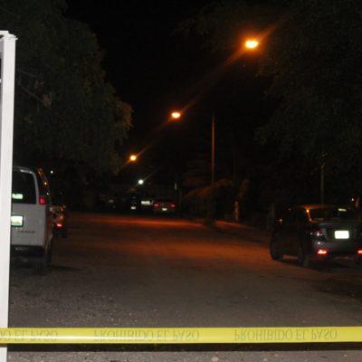 INTENTO DE EJECUCIÓN EN LA MADRUGADA: Atacan pistoleros a hombre afuera de su casa en la Región 202 de Cancún