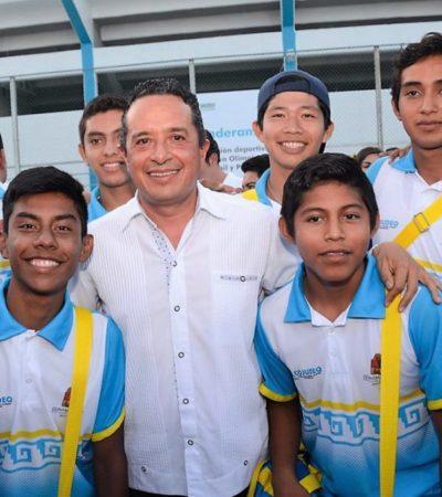 Con una nueva alberca semi-olímpica y la rehabilitación del CEDAR Cancún y el Palacio de los Deportes de Chetumal, impulsan el deporte en QR