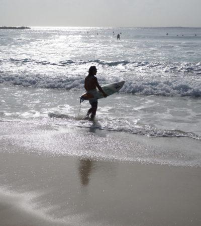 CANCÚN, CON 'MAR DE FONDO': Por segundo día, playas fueron afectadas por oleaje inusual provocado por el ya degradado huracán 'Irma'   VIDEO