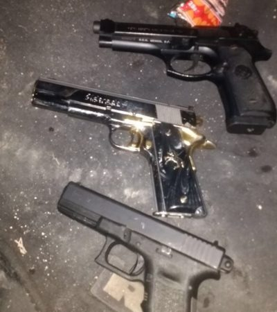 CAPTURAN A EMPISTOLADOS EN BONFIL: Los hombres armados bebían bebidas alcohólicas cerca del panteón cuando fueron sorprendidos por la policía