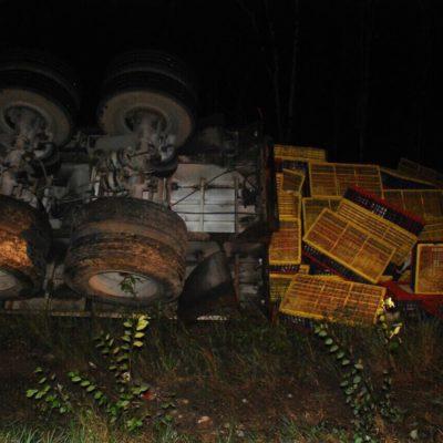 Doble accidente en las 'Curvas del Diablo' en José María Morelos