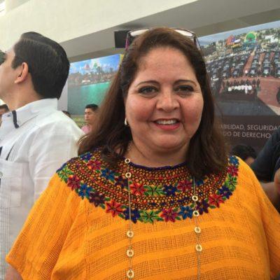 Rompeolas: Le valen a Marisol Vanegas un charal los buzos de la Riviera Maya