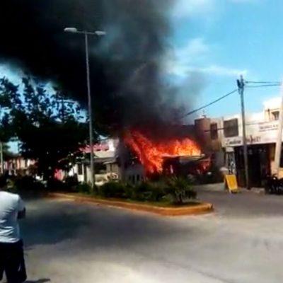 Arde vivienda de cartón en Cozumel