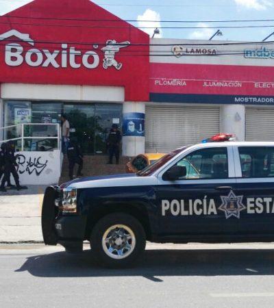 ASALTO A BOXITO DE LA AVENIDA TULUM: A punta de pistola, atracan tienda en Cancún, dan cachazo a empleado y huyen con botín