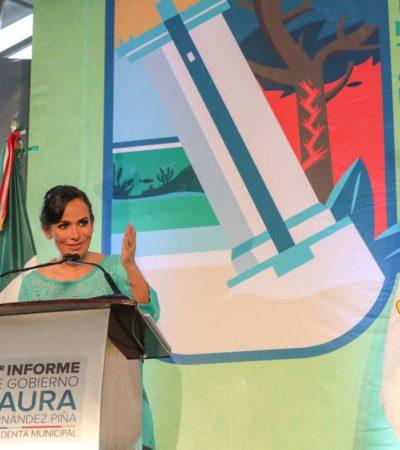 """""""Puerto Morelos luce hoy un rostro diferente"""", asegura Laura Fernández al rendir su Primer Informe de Gobierno"""