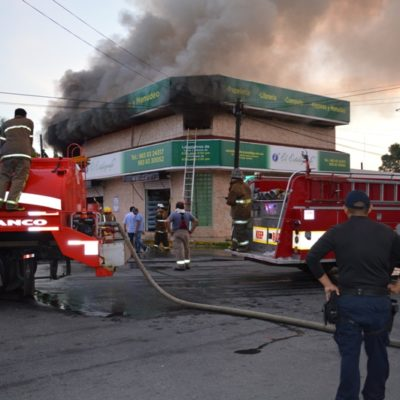 Se incendia papelería en Chetumal