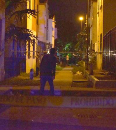 IRRUMPEN A BALAZOS EN LA NOCHE DEL GRITO: Ejecutan a un joven y hieren a mujer en ataque en el fraccionamiento Villas Otoch de Cancún