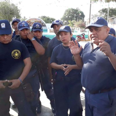 Inconforma a policías retraso en entrega de uniformes en José María Morelos