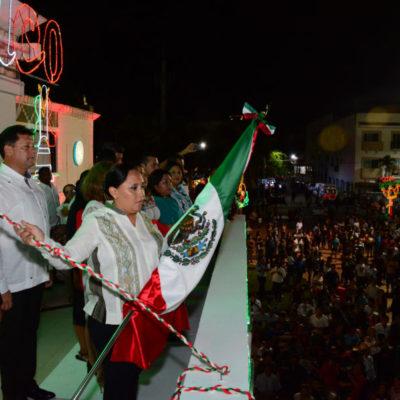 FESTEJA SOLIDARIDAD 'EL GRITO': Participan 12 mil personas en aniversario de la Independencia en Playa del Carmen