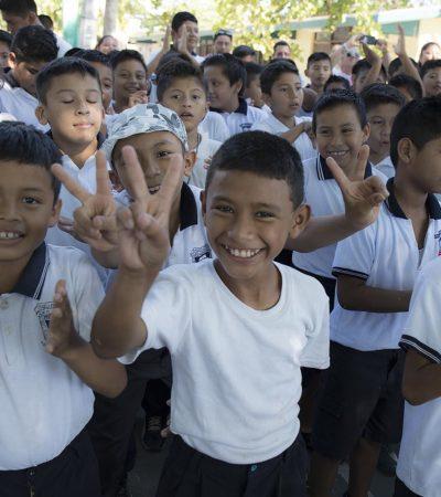 Direcciones municipales imparten pláticas, cursos y talleres en Puerto Morelos