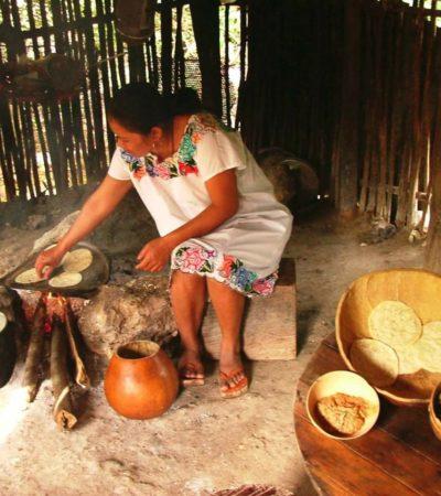 Alistan en Chunhuhub el 'Hanal Pixan', la comida de los muertos