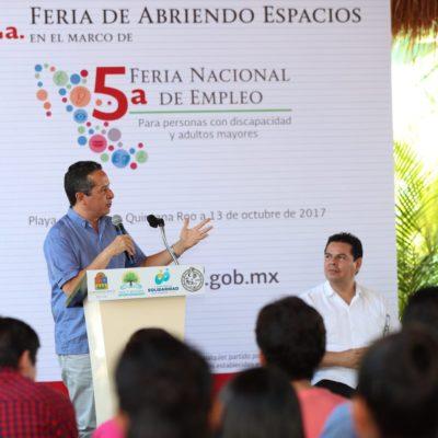 """""""EN VEZ DE JALARNOS LOS PIES, TRABAJEMOS JUNTOS"""": Pide Gobernador hacer frente común a favor del turismo en QR"""