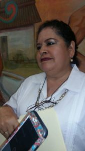 """""""PRÁCTICAMENTE ESTÁN EN TODOS LADOS"""": Urge bacheo en Alfredo V. Bonfil, señala delegada"""
