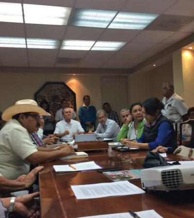DISCUTEN ALTERNATIVAS PARA LA LAGUNA BACALAR: Se reúne López Mena con ejidatarios de la zona sur