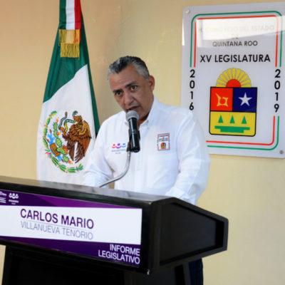 Rinde Carlos Mario Villanueva austero informe