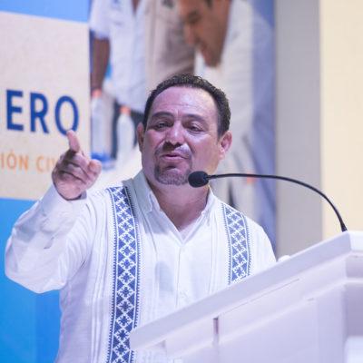 Rinde informe en Cozumel diputado Zetina Tejero