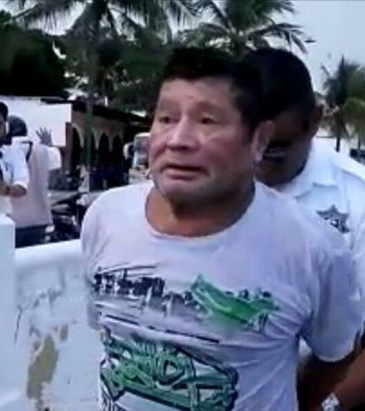 Agarran a pescador furtivo frente a Capitanía de Puerto en Cozumel con tres costales con caracol rosado