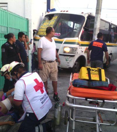 CAFRES AL VOLANTE EN CANCÚN: Chocan dos Maya Caribe en la Región 95; mujer queda grave