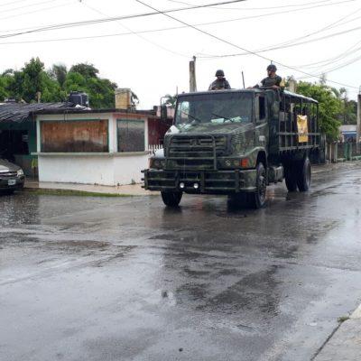 Recorre Ejército zonas vulnerables tras lluvias en Chetumal