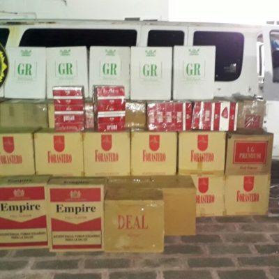 MÁS CONTRABANDO: Hallan más de medio millón de cigarrillos en van abandonada