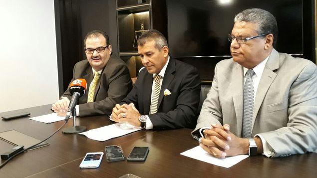 QUIEREN A BORGE DE REGRESO EN 'EL RENACER': Abogados del ex Gobernador se quejan de su reclusión en una 'jaula' en cárcel de Panamá