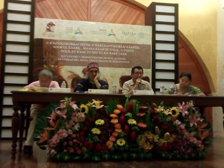 En Campeche se reunieron los poetas: cinco siglos de literatura maya | Por Gilberto Avilez Tax