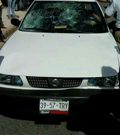 Taxista a punto de ser linchado por albañiles en Cancún tras atropellar a un compañero